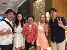 「とんねるず」の撮影現場:ノリさん、アレクサンドラ、日村さん(バナナマン)、チャイナ、 タカアキさん